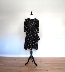 Size 22/24 US$65